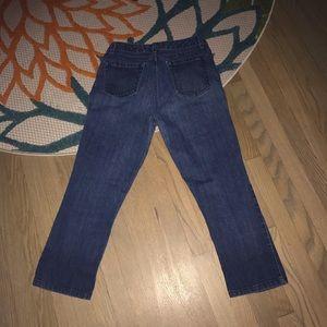 JONES NEW YORK Blue Denim Slimming Capri Jeans